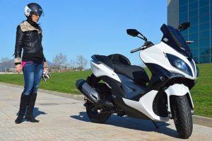 kymco xciting 400i, kymco, scooter kymco, scooter ciudad, movilidad urbana, moto para ciudad