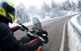 Chaquetas de moto para el invierno: su función