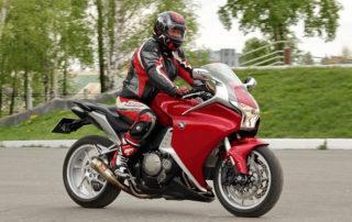 Motos baratas: más de 10 modelos por menos de 5.000€ motos baratas