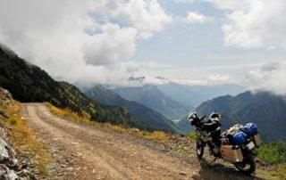 Opciones para viajar con bultos en la moto