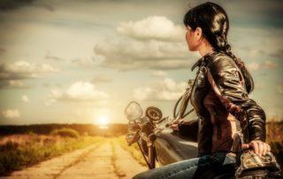 Ejercicios para evitar lesiones en la moto