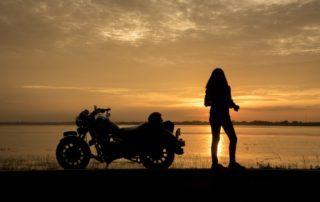 Cómo alquilar una moto en verano