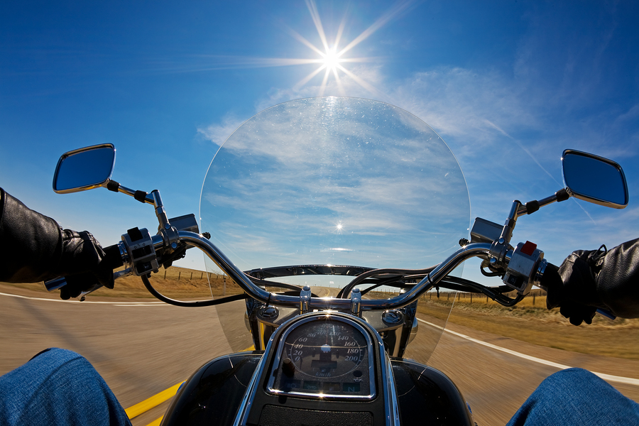 Motos de media cilindrada: ventajas e inconvenientes