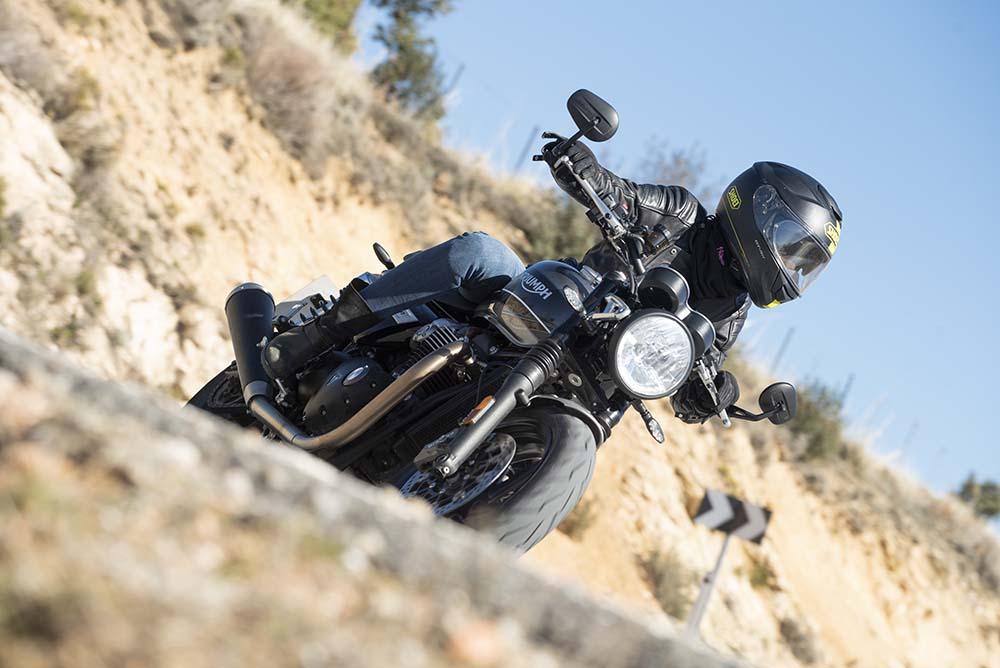 triumph speed twin, moto custom, modern classic, moto classic, moto custom deportiva, moto bajita, moto para mujeres, thruxton, boneville