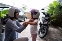 Consejos para llevar niños en la moto