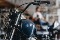 Reparación de motos el regulador y catalizador Reparación de motos