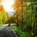Todo lo que debes saber antes de ir en moto por la montaña