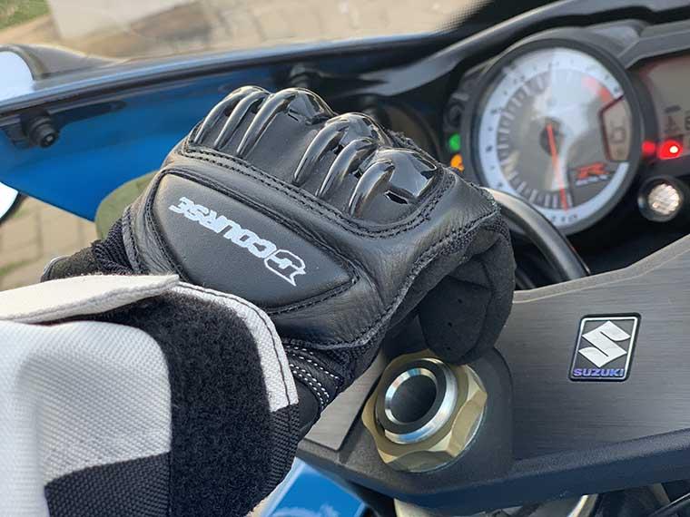 guantes de verano para moto, ventilados y con protecciones de XLmoto