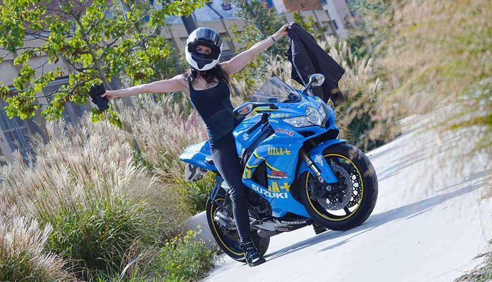 Ropa mínima necesaria para ir en moto seguros