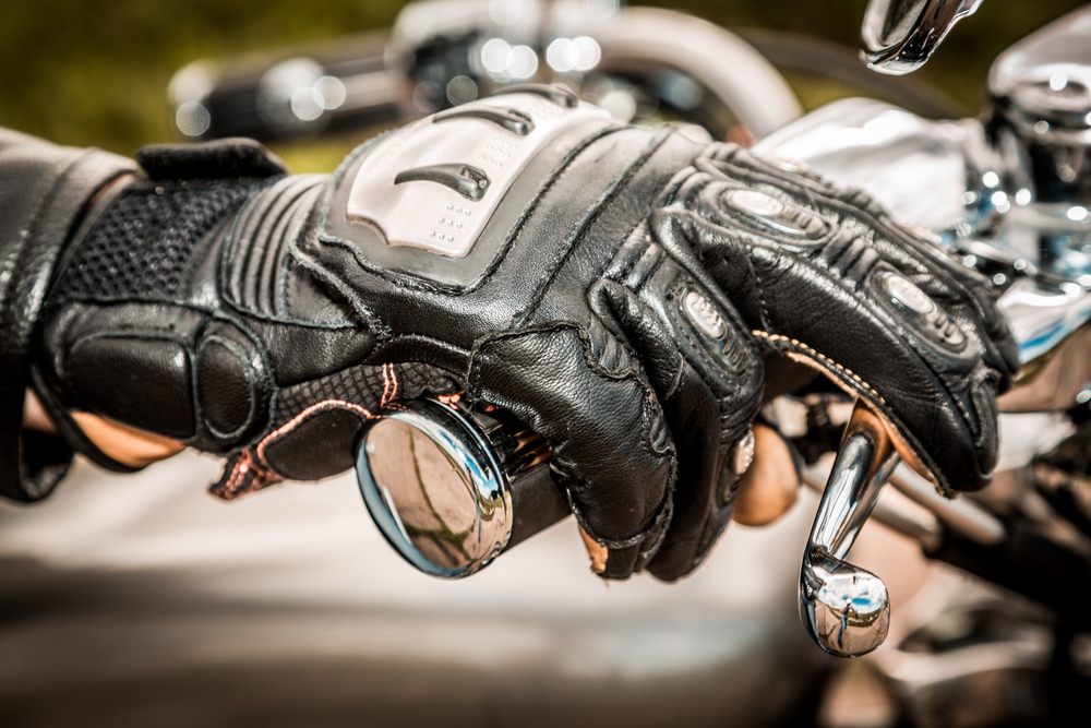Cuatro guantes de moto para no pasar frio en ruta
