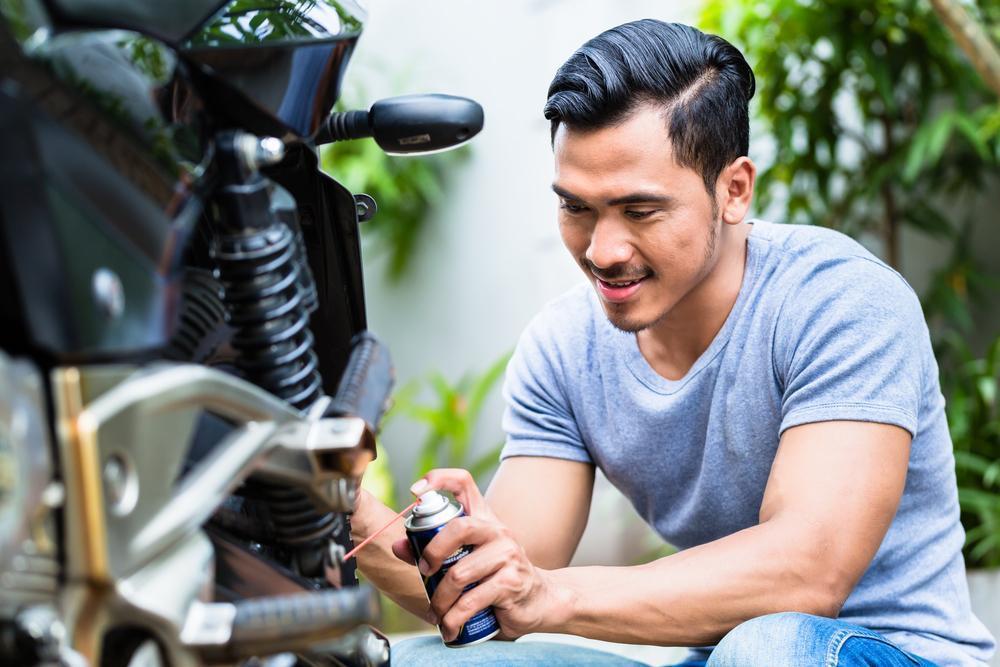 Engrasar la cadena de tu moto| Seis trucos que debes saber