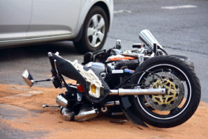 Caídas en moto más frecuentes | Evita accidentes comunes
