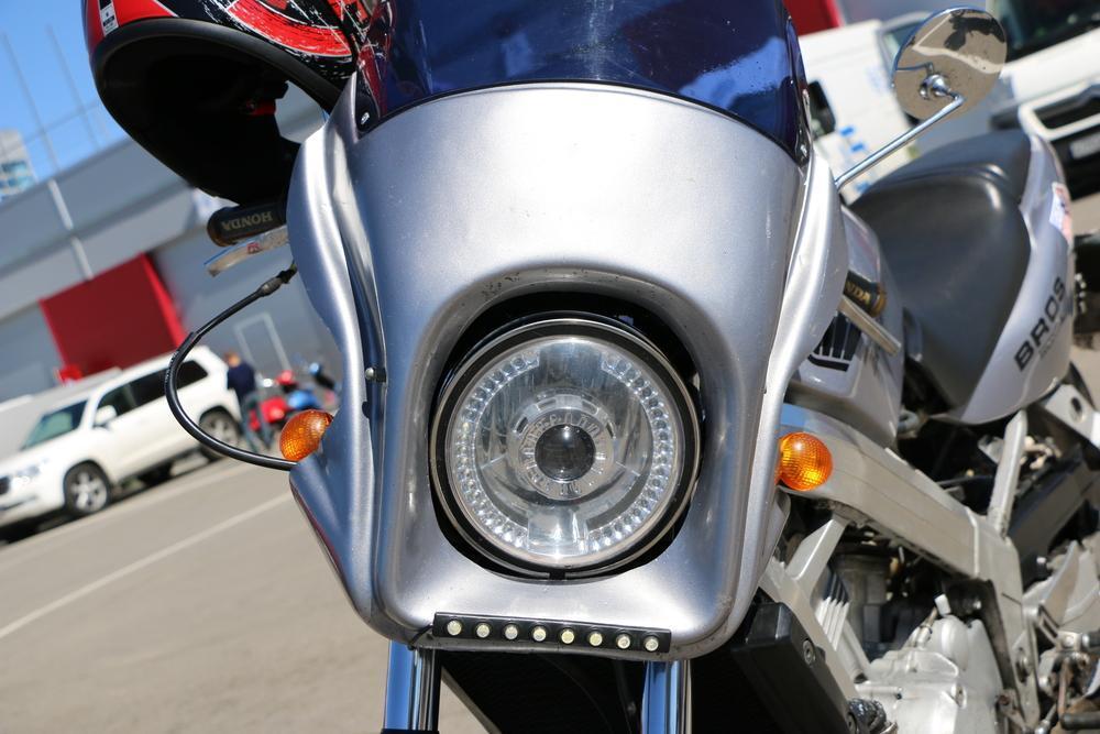 instalar luces led en tu moto