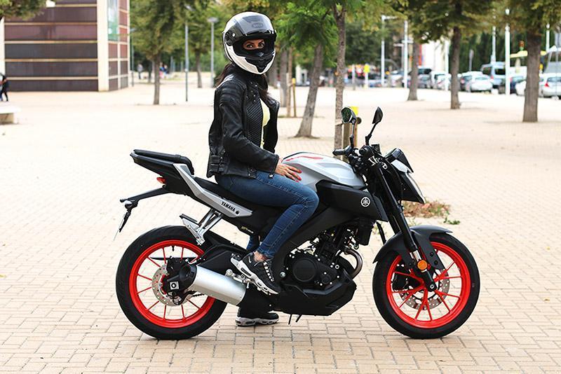 Yamaha MT125cc forma parte del ranking de motos favoritas porque me sorprendió mucho su rendimiento para ser una 125cc.