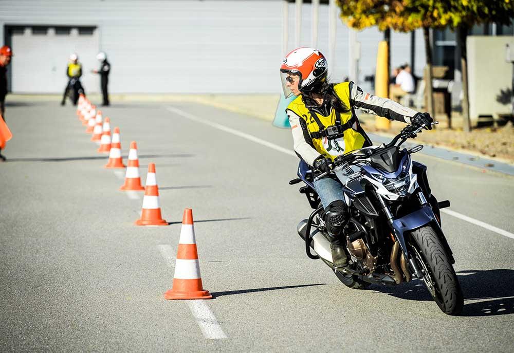 Curso de formación HIS Honda, empezar a ir en moto, curso de moto, como empezar en moto