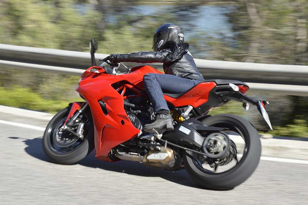 Como empezar a ir en moto, empezar en moto, comenzar en moto, consejos para moteros novatos