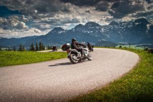 Viaje en moto: ¿Qué ropa debo evitar?