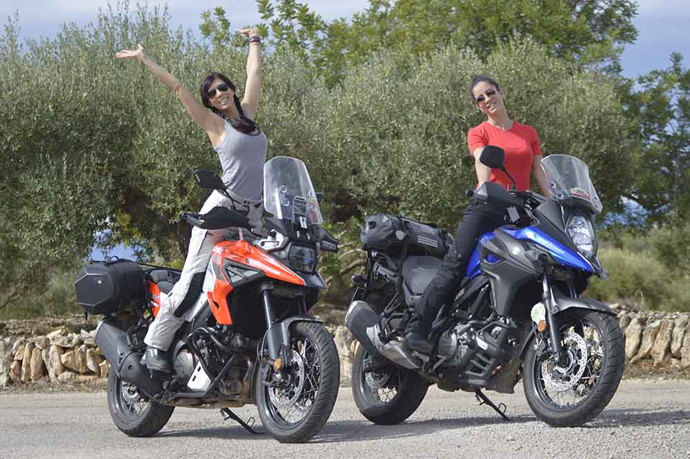 Berta Doria y Telva Somoza Suzuki VStrom 1050 XT y Suzuki Vstrom 650 XT