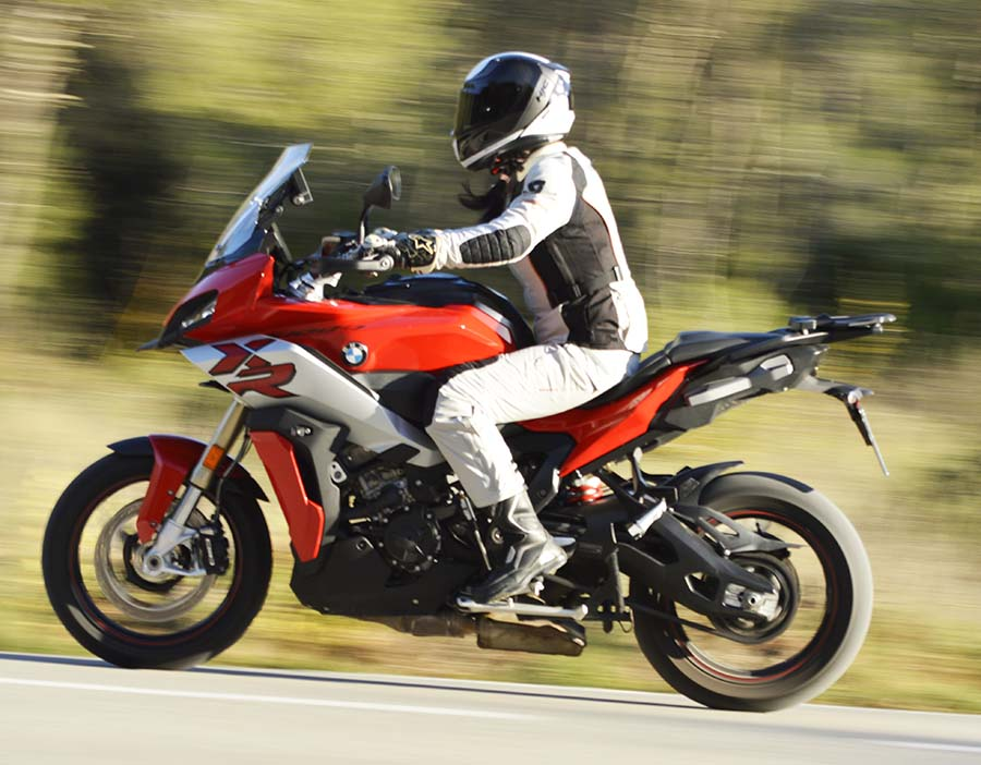 BMW S1000XR 2020, moto trail asfáltica deportiva 1000cc