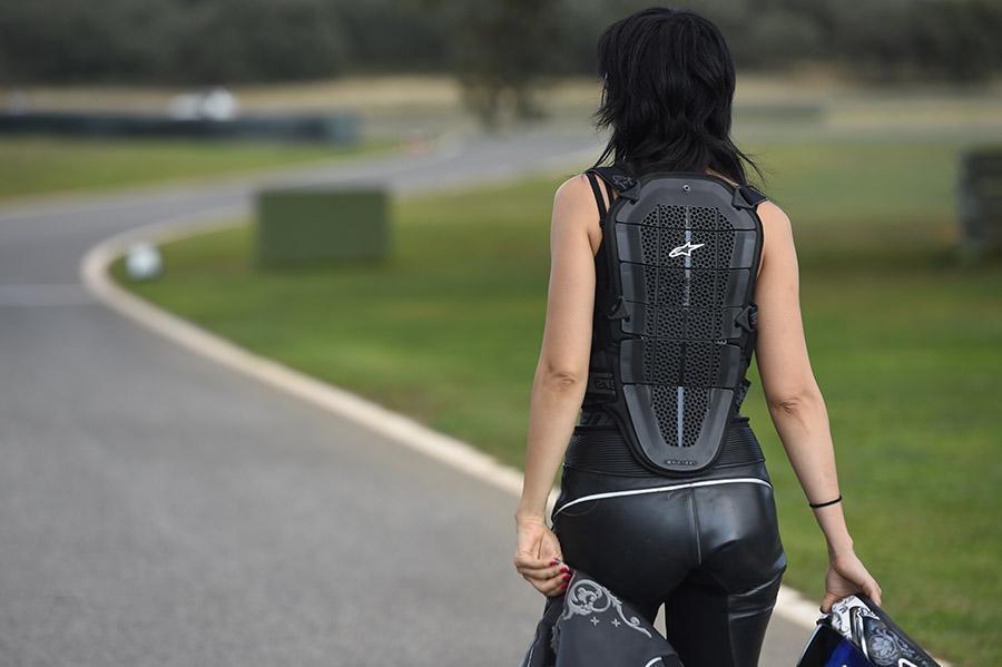 espaldera alpinestars, ropa de moto mujer