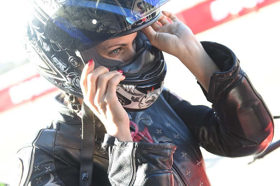 casco de moto mujer shoei