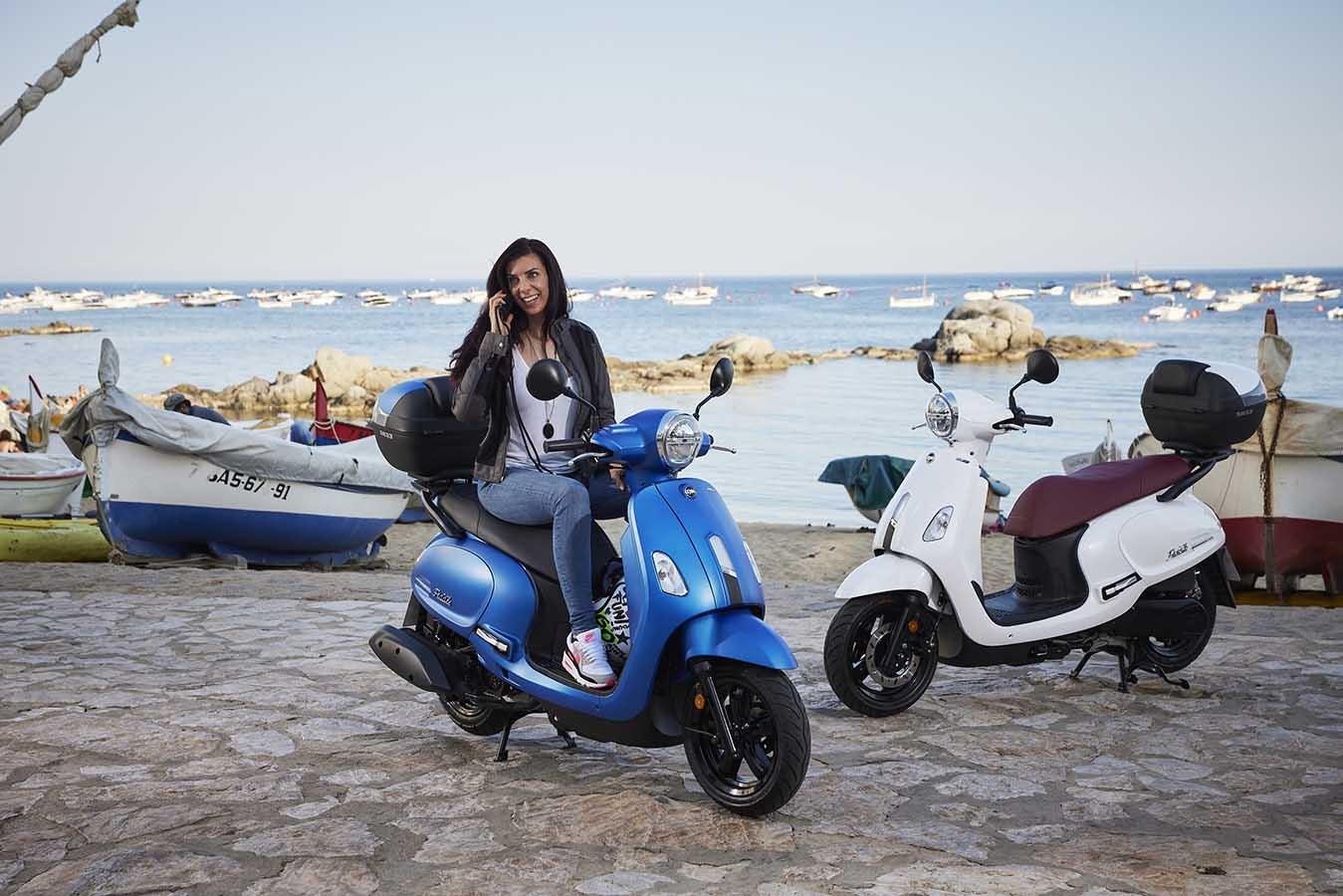 ropa de moto de verano para ir con scooter, sym fiddle 125, chaqueta de moto by city